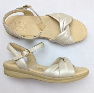 SAS Tripad Comfort, cushioned sandals, size 10